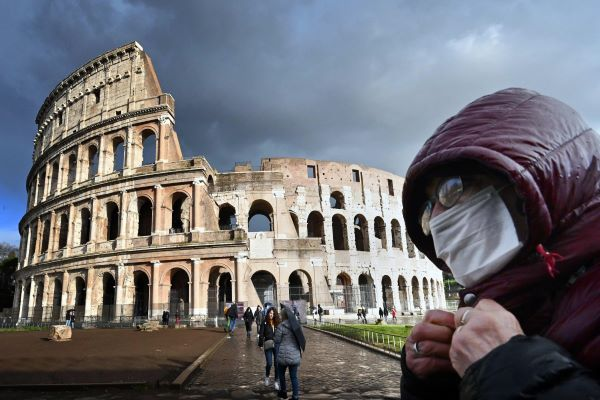 italija coronavirus maski