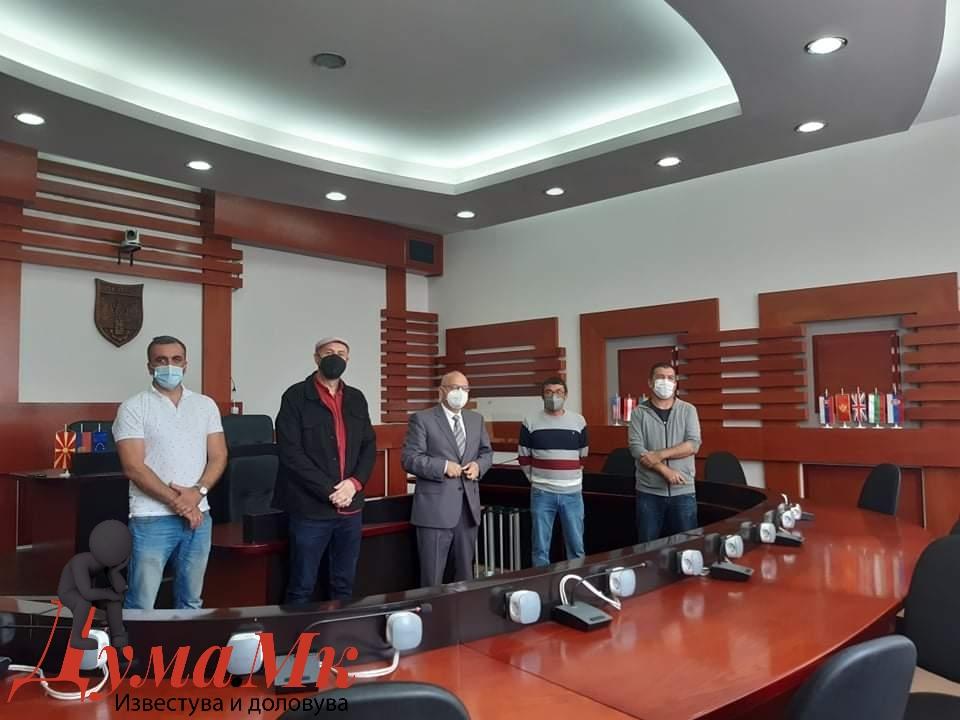 """Шест склуптори учесници на третата склупторска колонија """"Велес 2021"""""""