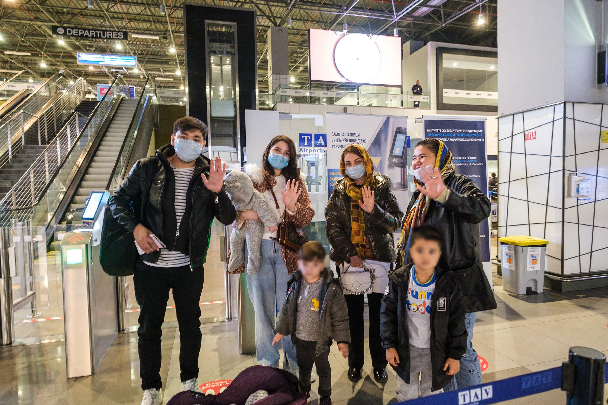 За седум граѓани на Авганистан траен престој обезбеди Португалија