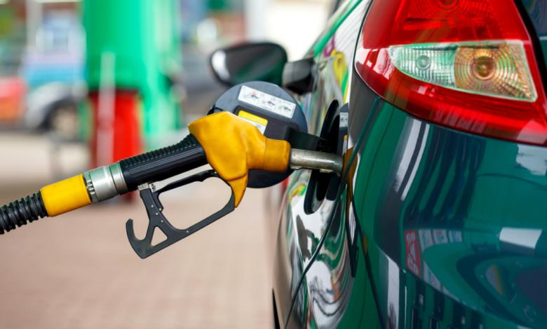 Бензинот се добилижува до 80 денари за литар