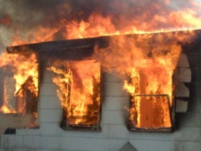 Град Скопје доделува парична помош за настраданите во пожарот во Тетово