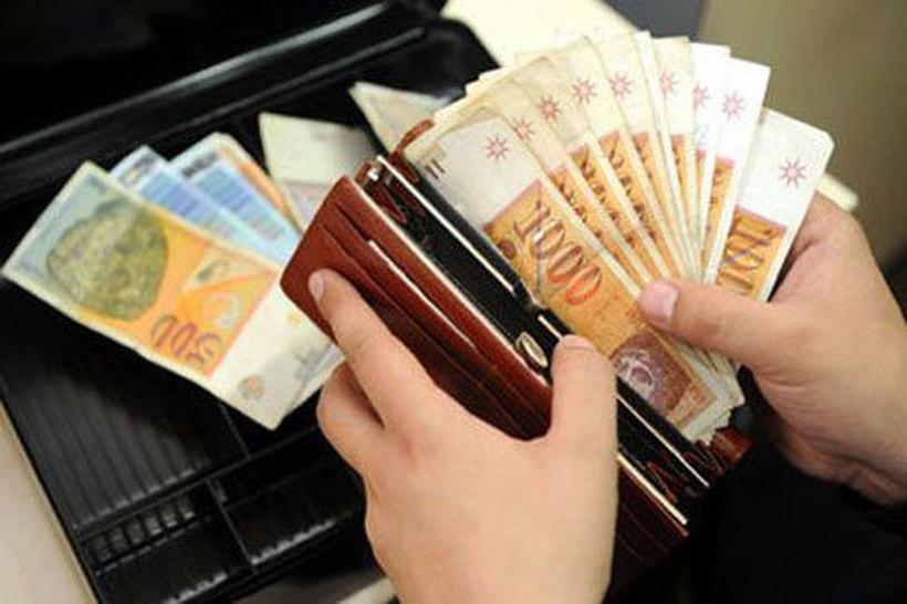 Просечната бруто-плата во август изнесува 42.776 денари